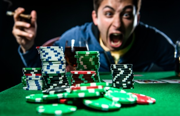 Play Your Favorite Casino Game At Home With Casinos